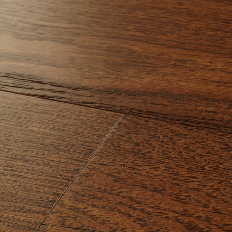 15 x 148 x 1860mm 6pcs Harlech Oak Cognac, Engineered Brushed & Matt Laq. 1.65m2 Pack