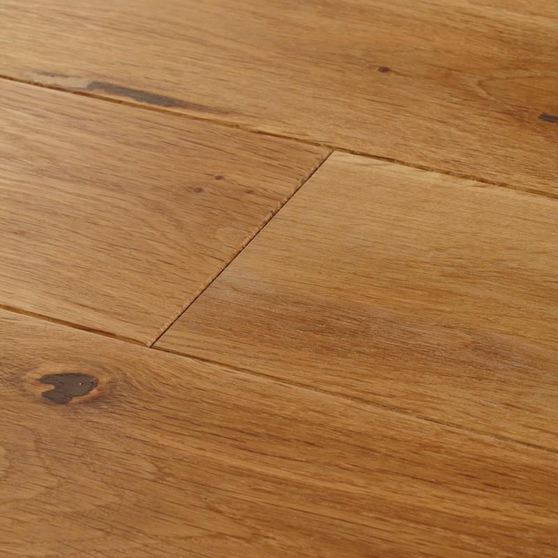 18 x 130mm Random 300-1500mm York Solid Oak, UV Oiled, 2.29m2 Pack
